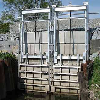 GH-50 Combination Sluice-Flap Gates